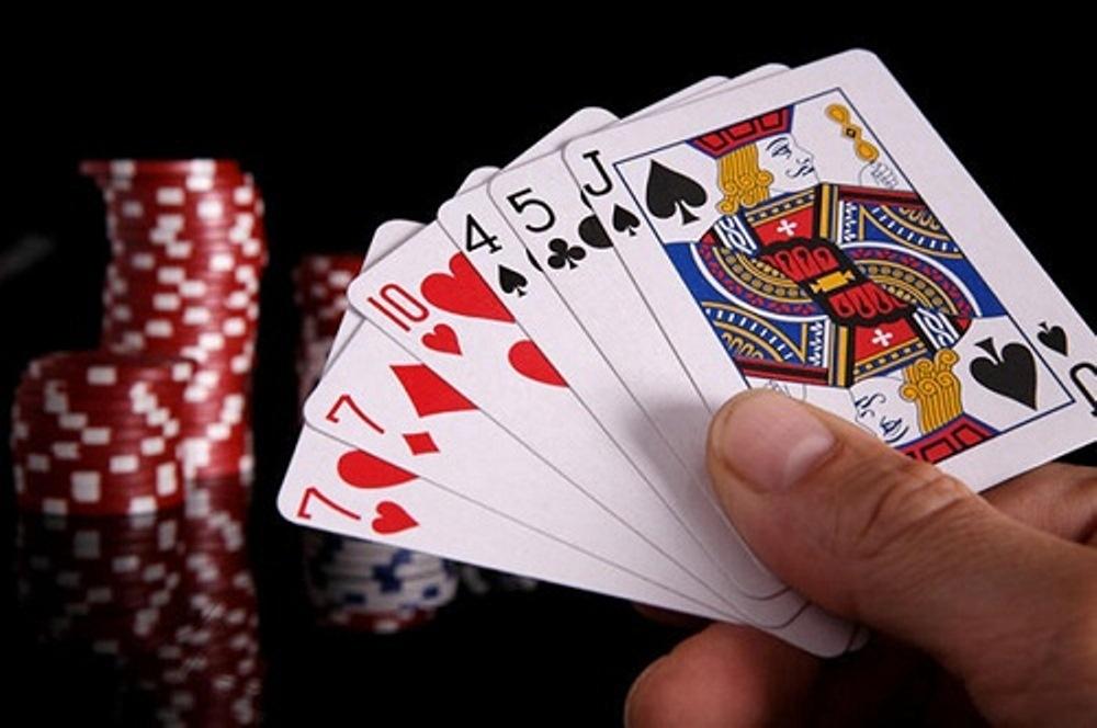Hướng dẫn ngay luật chơi game bài Sâm Lốc dành cho những người mới chơi