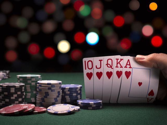 Nguồn gốc game bài Xì tố và các thể thức của game đánh bài Poker cần phải biết