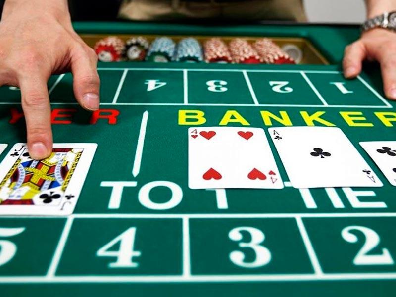 Luật chơi bài Baccarat trực tuyến mà người chơi nào cũng cần nắm được