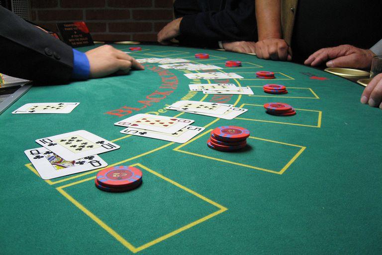 Học hỏi ngay những bí quyết chơi Blackjack tuy cơ bản nhưng cực quan trọng nếu muốn thắng